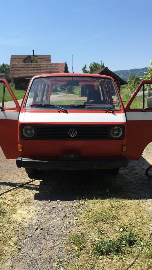 VW Büssli für deinen Sommertrip!